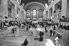 (Claire*Marsh) Tags: grandcentralterminal nyc newyork usa blackandwhite le longexposure people tourists passengers mono monochrome concourse station blur motion photo girl movement sonya6000 sony1018mm wideangle