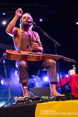 XAVIER RUDD - Parco Tittoni, Desio (MB) 14 June 2017 ® RODOLFO SASSANO 2017 40 (Rodolfo Sassano) Tags: xavierrudd concert live show parcotittoni desio barleyarts songwriter singer australianmusician multiinstrumentalist folk blues indiefolk reggae folkrock liveinthenetherlandstour