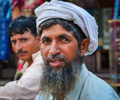 1489 - The Bearded Man (Color Version) (@ris_@bdullah ) Tags: man indian jaipur street beard turban white expression face portrait