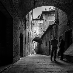 Shouldn't you quit? - in explore 20062017 (RobMenting) Tags: 70d eos tuscany architecture travel street italy europe city italia canon italië siena canoneos70d