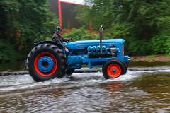 IMG_0452 (Yorkshire Pics) Tags: 1006 10062017 10thjune 10thjune2017 newbyhalltractorfestival ripon marchofthetractors marchofthetractors2017 ford fordcrossing river rivercrossing tractor tractors farmingequipment farmmachinery agriculture yorkshire northyorkshire