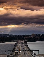 There is no place like the Pacific Northwest (Endless Reflection Photography) Tags: evergreenpointfloatingbridge 520floatingbridge 520bridge 520tollbridge medina bellevue lakewashington traffic sr520 seattle pacificnorthwest pnw seattlesunset endlessreflectionphotography cmerchant1 ereflectionphotos wsdot soundtransit bellevuehistory historicbellevue sr520history uw universityofwashington
