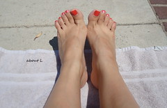 Summertime Toes (Mr2D2) Tags: pool toes sexy feet poolside footfetish latina woman