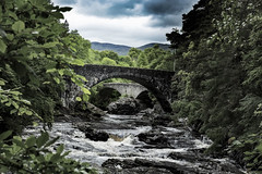 River Moriston (scuthography) Tags: bridge moriston scottland gap water scenic mystic green clouds lochness silence 2017 scuthography