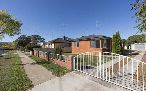 10 Early St, Queanbeyan NSW 2620