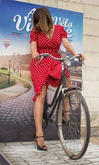 Vélo Vintage (normamisslegs) Tags: bas nylon stockings stocking sensuelle sensual nylonstrümpfe nylonstockings legs dots vintage vélo anjou heels talons shoes escarpins élégance ff fully fashioned glamour rétro frenchstyle frenchgirl france cervin seamstress sopinup pinup