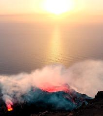 Stromboli at sunset (jarmo.ruuth) Tags: matkat places italia lipari tulivuori travel italy volcano stromboli