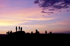 Last Light (David Youngblood) Tags: clouds sky silhouette tourist people rokinon12mmf2 sonyalpha a6300 coloradoriver river canyon southwest arizona page horseshoebend