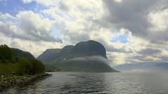 Uburen 17. mai -17 (bjarne.stokke) Tags: høgsfjorden forsand rogaland ryfylke skyer tåke fog norway norge norwegen