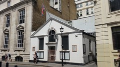 Orange Street Congregational Church (sarflondondunc) Tags: orangestreet congregationalchurch westminster london unionjack orangestreetchapel huguenotchapel sirisaacnewton rockofages