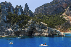 Sardegna (filippi antonio) Tags: sardegna sardinia italy italytourism sea blue cliff boat bluesea summer holidays tourism canon