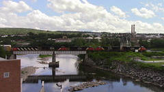 CN M30511-10 Crossing the Madawaska River in Edmundston, NB (MaineTrainChaser) Tags: 71017 cn nb qc trains train west westbound pelletier subdivision canada