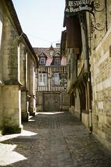 Normandy 2017 - Pro 400H 09 ([Katsumi]) Tags: nikonfe nikkor50mmf14 film filmisnotdead fujicolorpro400h france normandy travel travelphotography europe honfleur