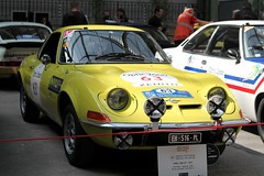 #63 Opel 1900 GT 1973 (seb !!!) Tags: 2017 auto automobile automovel automovil automobil berlinette coupé coach fastback canon 1100d cars course sportive anciennes ancienne old oldtimers populaire paris seb france voiture wagen car tour optic 2000 grand palais allemande allemand deutschland german germany deutsch race racing competition photo picture foto image bild imagen imagem jaune giallo amarillo amarelo yellow gelb classique classic klassic