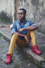 Marcus Pereira, (rodolphofotografiassouza) Tags: pessoa people boy afro men canon 50mm t5 man guy handsome street negro raça cor african brazil brasil portrait cute like follow rodolpho santos photography fotografia model modeling essay calça jeans sapato