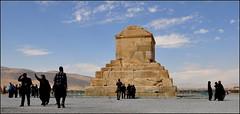 tombeau de Cyrus (Save planet Earth !) Tags: iran cyrus passagardes amcc nikon travel