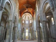 Iglesia del antiguo Monasterio de Carboeiro (2). (lumog37) Tags: arquitectura architecture romanesque románico iglesia church monasterios monastery