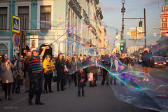 Soap bubble (VladimirTro) Tags: россия санктпетербург russia russian saintpetersburg street sunset sunny bubble show canon cityscape city people outdoor colour europe 500d
