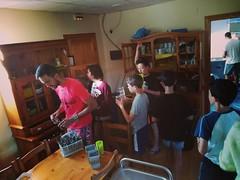 Día 9 . Trabajo en equipo para poner la mesa del desayuno
