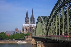 Hohenzollernbrücke, Cologne, Germany (satorz) Tags: hohenzollernbrücke hohenzollernbridge köln kölnerdom rhein rhine bridge