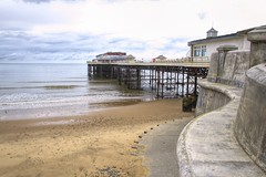 Cromer Pier (Graham'M) Tags: landscape pier cromerpier norfolkpier seaside beach ocean holidayresort norfolk cromer