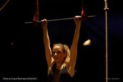 CIRQUE-ELECTRIQUE.FR_0102 (Mixatom) Tags: cabaret kabaret cirque circus zirkus circo acrobates acrobat akrobat théatre contorsion contorsionniste contortion contortionist handstand equilibrist cyrwheel rouecyr juggling jonglerie jongleur juggler gymnastique gymnastic gymnaste gymnast aerialsilks trapeze cordelisse rope tissu