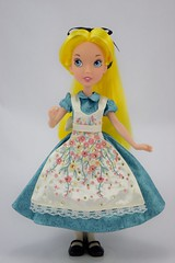 Our Family Tree Alice in Designer Alice's Outfit - Full Front View (drj1828) Tags: us disneystore doll purchase posable 10inch 2d deboxed designer heroesandvillains aliceinwonderland alice ourfamilytree 2016 2008 swappingoutfits limitededition openedition
