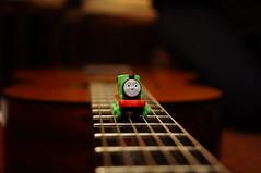 Rieles Musicales (*edoherrera*) Tags: percy trenes guitar guitarras thomas
