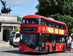 DSC_5932w (Sou'wester) Tags: bus buses publictransport psv london londontransport lt lrt tfl hydeparkcorner route10