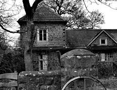 forgotten cottage (Fias Pics) Tags: look lostplaces lost cottage landhaus blackwhite architecture architektur abandoned bauernhof stimmung düster mood schwarzweiss plätze ort verlassen vergessen geheimnisvoll spooky gespenstisch