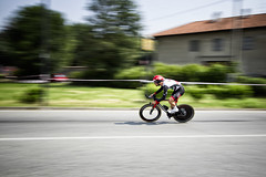 Crono Ciriè - Caluso (fil.nove) Tags: piemontetricolore2017 cronociriècaluso olivierotroia uaeteamemirates crono bicidacrono professionista strada street canon60d canon1022 grandangolo wideangle panning motionblur actionphoto actionsport sportphotographer speed velocità bike cyclists cyclingpro cyclingshots racebike colnago movimento motion roadracebike cyclingphotography