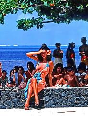 Tahitian Lady (gerard eder) Tags: world travel reise viajes oceania polynesia frenchpolynesia tahiti polynésiefrançaise people peopleoftheworld outdoor woman lady girl