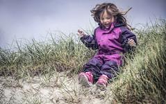 IMG_7168_red (Eivind Nielsen) Tags: beach sand fun smile daughter åkrasand karmøy
