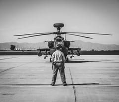 Start up approved (DST-photography) Tags: airport goodyear phoenix kgyr blue skies sun helicopter us airforce air force apache ah64 taxi runway takeoff landing aviation aircraft boeing airbus epic cool dramatic daan steinhaus dstphotography aviatioin army foce az arizona apron bw black white monochrome