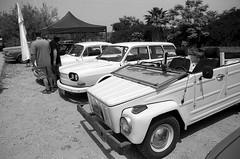 Annual VW Aircooled Club Event (Ilya.Bur) Tags: 21042017 האירוע השנתי מועדון פולקסווגן קירור אוויר nikon fe sigma 24mm f28 super wide fuji acros 100 caffenolcm rs analog film monochrome bw black white