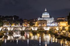 Sul ponte (Vassili Balocco) Tags: italia italy lazio latium roma rome sanpietro saintpeters notte night ponte bridge umbertoi