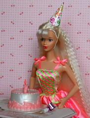 Birthday Party Barbie 1998 (Emily-Noiret) Tags: birthday party barbie 1998 doll happy mattel