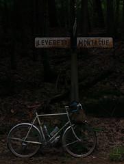 Town line. (koperajoe) Tags: cyclotourisme bicycle westernmassachusetts 650b somafab soma bikeportrait randonneur newengland velo