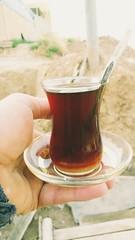 2017-07-04_01-16-39 (bahzadsedari) Tags: kurdistan dof duhok phone drink