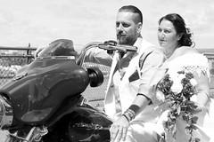 IMG_7016 (quebecman) Tags: wedding mariage amour amoureux couple harleydavidson moto vintage antique bw nb fleur flower dress portrait love