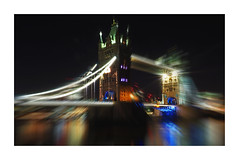 Tower Bridge (Robert-Jan van Lotringen) Tags: london towerbridge thames centre river bridge color edge draw night nightphotography tourism olympus zoom victorian drawbride travel england uk lights city town cityscape architecture le