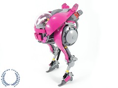 The Running Flamingo (BobDeQuatre) Tags: lego moc scifi runner mech