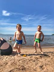 (nwps) Tags: summer yyteri pori finland beach kids oliver luka