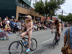 DSCN2032 (IantoJones2006) Tags: fremont solstice cyclists 2017 naked bike seattle parade nude painted body paint bicycle