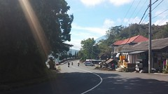 Penelokan, Kintamani, Bali (scinta1) Tags: baturbaguscottages indonesia bali kintamani kedisan kampung desa village mountbatur gunungbatur lakebatur danaubatur volcano caldera road jalan street peneloken