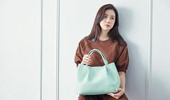 107_20170419192753_1 (Dương Hyunjoo APRIL Lee Bo Young Bae Eun Yeong) Tags: bege leeboyoung bag 이보영