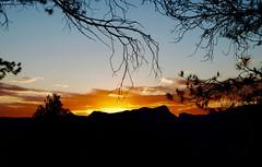 Nubes en el Atardecer. (valorphoto.1) Tags: selecciónvp paisaje natural nubes atardecer sunset color cielo photodgv