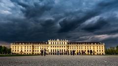Schloss Schönbrunn / Castle Schönbrunn (loesche87) Tags: wien vienna schloss castle österreich austria schönbrunn panasonic lumix dmc g6 mft m34 mirrorless microfourthirds reisen travel fotografie architektur architecture wolken clouds