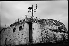 PlaubellMakinaII-471-RPX25-Tanol-STD-1H-7 (photo:::makina) Tags: exportrollei old navy boat plaubel makina ii tele makinar 100 28