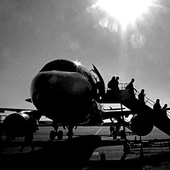 Nantes, France - Airbus A319 (pom.angers) Tags: panasonicdmctz30 europeanunion april 2017 nantes nantesinternationalairport aéroportdenantes 44 loireatlantique paysdelaloire france airplane plane airport people 100 150